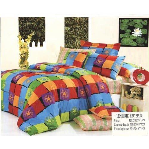 Lenjerie de pat in culori diverse